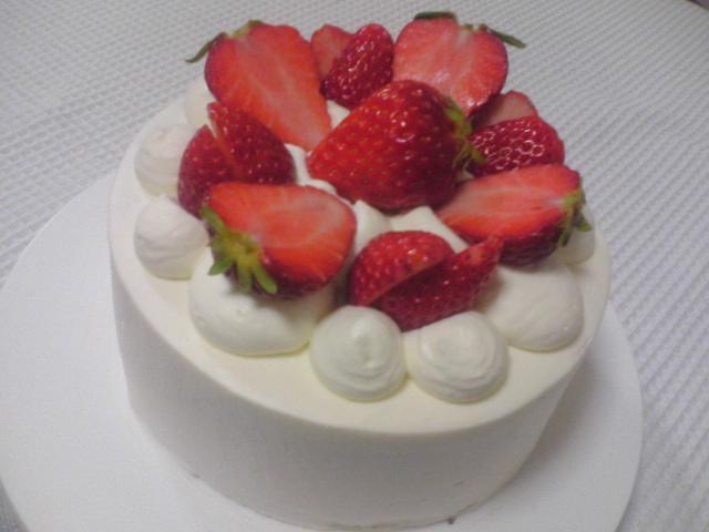 4月お菓子教室のご案内 「ショートケーキ」step2